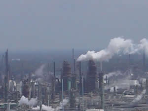 http://www.grinningplanet.com/2008/05-04/city-industrial-pollution.jpg